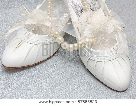 Wedding Shoes With Pearl Necklace