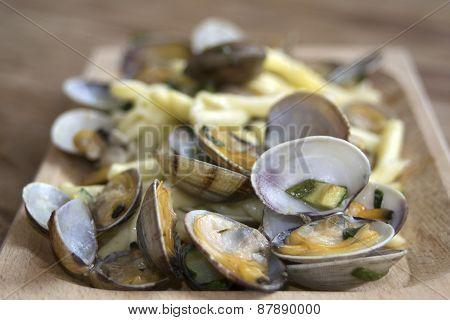 Pasta Clams And Zucchini