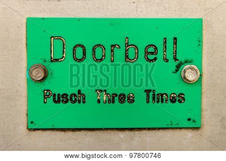 Doorbell Sign With Typo