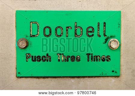 Doorbell Sign With Typo