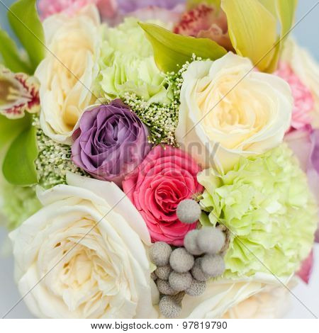 flower composition of roses