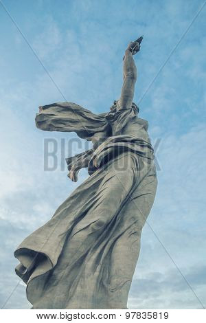 Perspective of The Motherland Calls monument