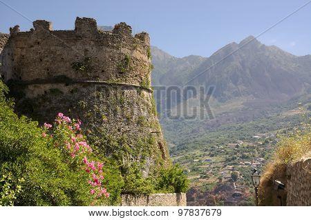 Castle,fortress,remains,calabria,italia