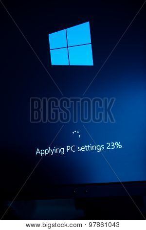 Windows 10 Beta - Applying Pc Settings