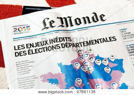 Le Monde Magazine With Elections In France