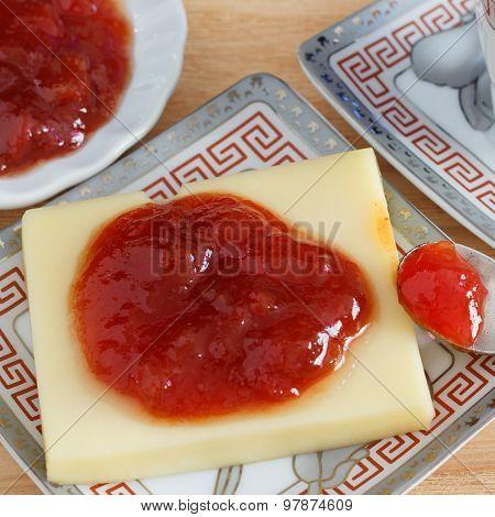 Brazilian dessert Romeo and Juliet goiabada jam and cheese