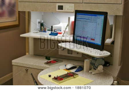 Dentist Station