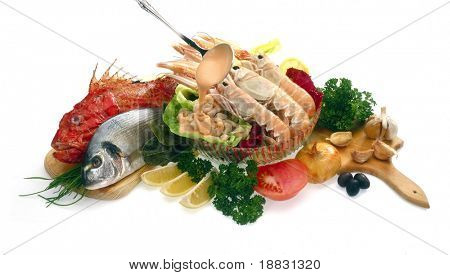 Raw shrimps, fish and vegetable