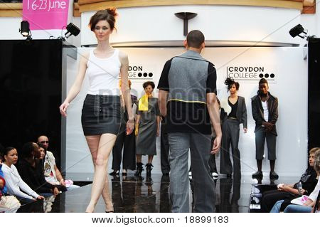 CROYDON, LONDON - JUNE 18 : Models in Fashion Festival on June 18, 2008 in Whitgift Shopping Centre, Croydon, England.