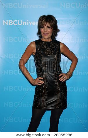 LOS ANGELES - JAN 6:  Lisa Rinna arrives at the NBC Universal All-Star Winter TCA Party at The Athenauem on January 6, 2012 in Pasadena, CA
