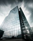 pic of sulky  - Prague Sky Scraper - JPG