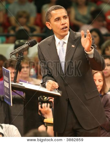 Barack Obama Making Point