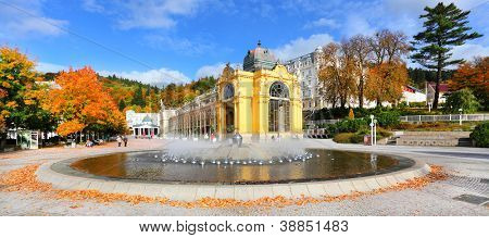 Marianske Lazne Spa, The Singing Fountain. The most famous fountain contains 10 intrinsic water jet systems with more than 250 water jets.