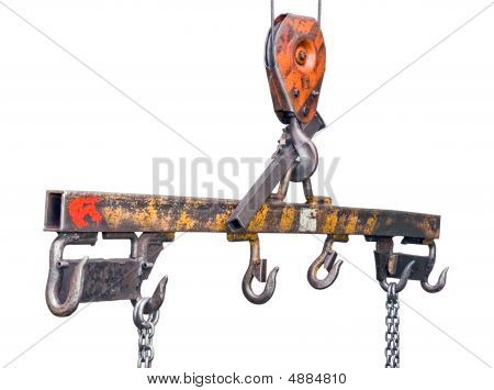 Lifting Mechanism With Hooks And Chains