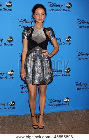 LOS ANGELES - AUG 4:  Camilla Luddington arrives at the ABC Summer 2013 TCA Party at the Beverly Hilton Hotel on August 4, 2013 in Beverly Hills, CA