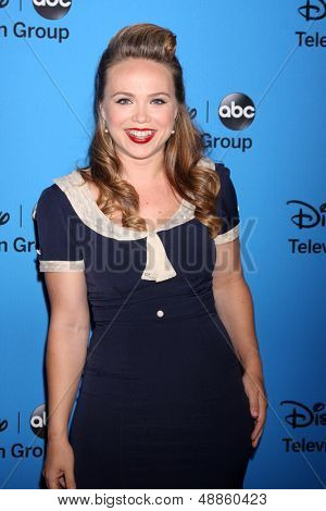 LOS ANGELES - AUG 4:  Amanda Fuller arrives at the ABC Summer 2013 TCA Party at the Beverly Hilton Hotel on August 4, 2013 in Beverly Hills, CA