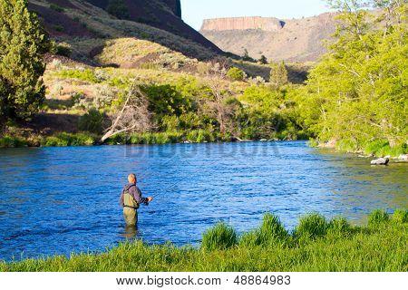 Fly Fishing Deschutes River