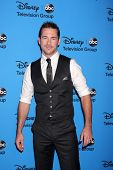 LOS ANGELES - AUG 4:  Barry Sloane arrives at the ABC Summer 2013 TCA Party at the Beverly Hilton Ho