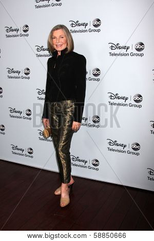 LOS ANGELES - JAN 17:  Susan Sullivan at the Disney-ABC Television Group 2014 Winter Press Tour Party Arrivals at The Langham Huntington on January 17, 2014 in Pasadena, CA