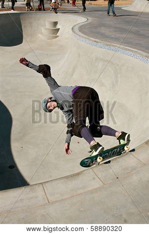 Heavily Padded Skateboarder Skates Big Bowl