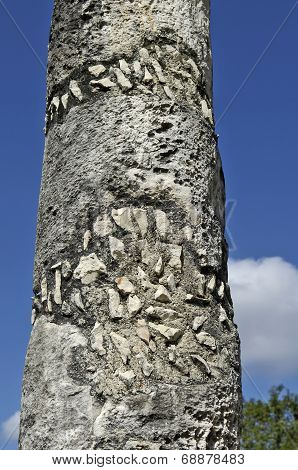 Ancient pillar built by the Mayas