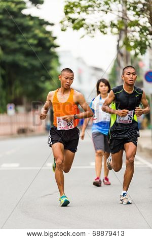 Running Athletes In Mini-marathon Race
