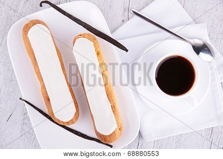 coffee and vanilla french cake