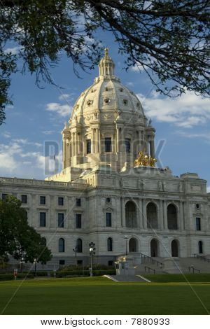 Minnesota State Capitol View From Front Lawn