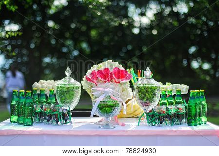 Green wedding candy bar