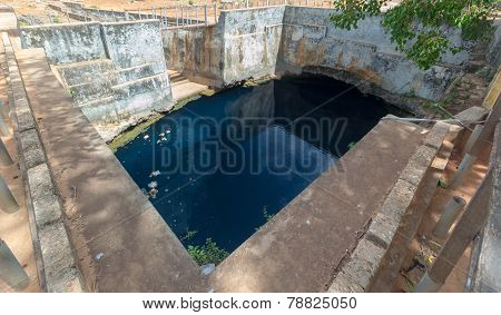 Natural Huge Well In Carsic Formation