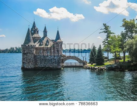 Boldt Castle, St Lawrence river, USA-Canada Border
