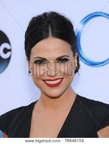 LOS ANGELES - SEP 21:  Lana Parrilla arrives to the