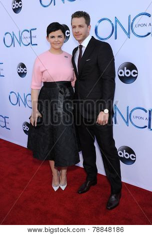 LOS ANGELES - SEP 21:  Ginnifer Goodwin & Josh Dallas arrives to the