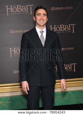 LOS ANGELES - DEC 09:  Lee Pace arrives to the