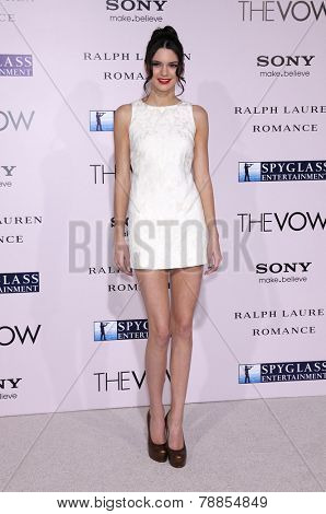 LOS ANGELES - FEB 06:  KENDALL JENNER arrives to the 'The Vow' World Premiere  on February 06, 2012 in Hollywood, CA