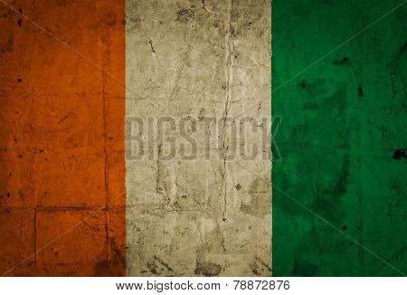 Italy flag on vintage paper
