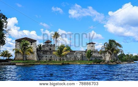 Castillo San Felipe de Lara, Rio Dulce, Guatemala