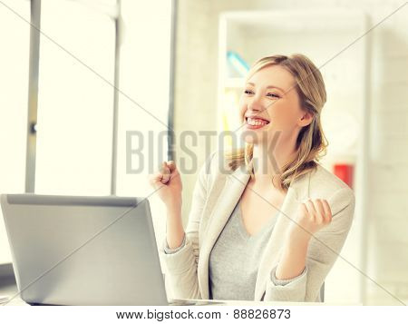 picture of business woman with expression of tryumph