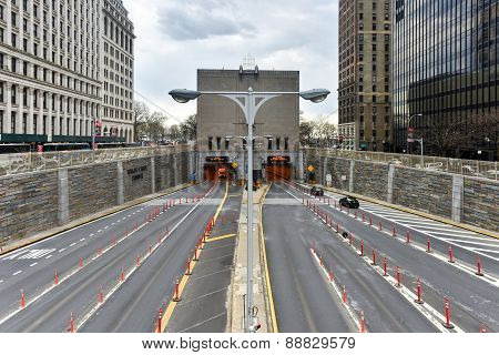 Hugh L. Carey / Brooklyn Battery Tunnel
