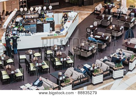 Buyers Are Resting In A Cafe In Afimall City