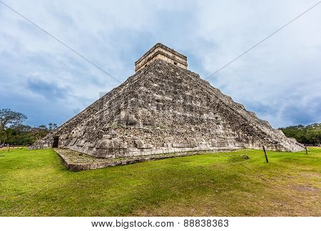 Chichen Itza, Mayan Pyramid, Cancun, Mexico