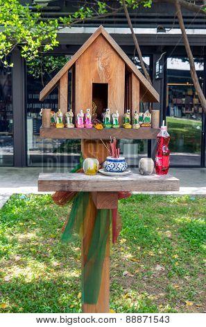 Modern Design Of Thai Spirit House