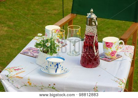 Summer Picnic Table Set With Cups And Saucers