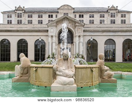 Fountains Of The Four Seasons