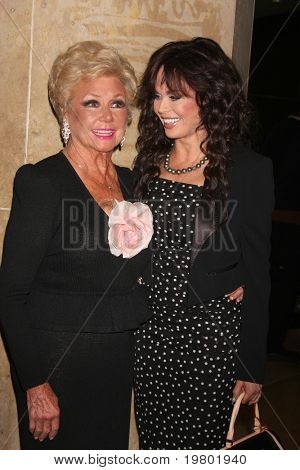 LOS ANGELES - MAR 27:  Mitzi Gaynor, Marie Osmond arriving at the 25th Annual Professional Dancers Society Gypsy Awards at Beverly Hilton Hotel on March 27, 2011 in Beverly Hills, CA