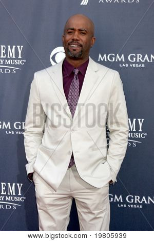 LAS VEGAS - APR 3:  Darius Rucker arriving at the Academy of Country Music Awards 2011 at MGM Grand Garden Arena on April 3, 2011 in Las Vegas, NV.