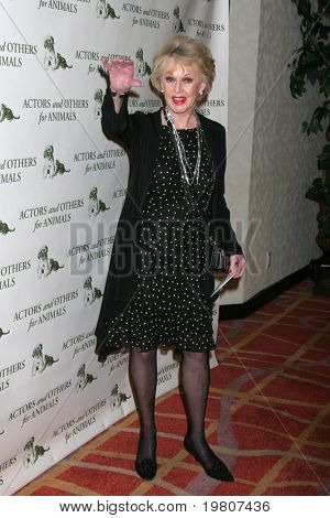 LOS ANGELES - APR 9:  Tippi Hedren in the green room of