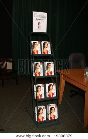 LOS ANGELES - APR 12:  Susan Lucci's books at the Booksigning for Susan Lucci's book