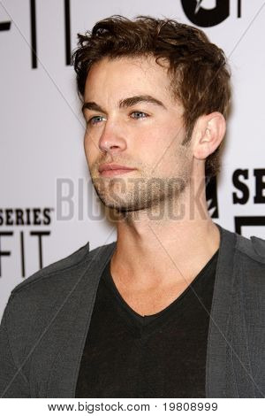 LOS ANGELES - APR 12:  Chace Crawford arriving at the