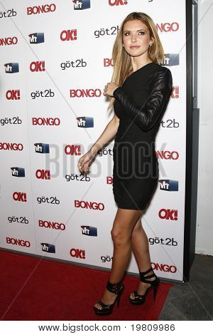 LOS ANGELES - APR 14:  Audrina Patridge arrives at the OK magazine 'Sexy Singles Party'  at The Lexington Social House on April 14, 2011 in Los Angeles, CA.